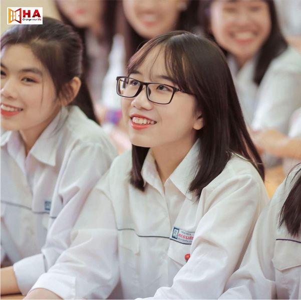 Ngô Hà Linh đạt IELTS 7.5