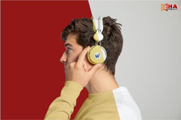 dạng Pick From A List IELTS Listening