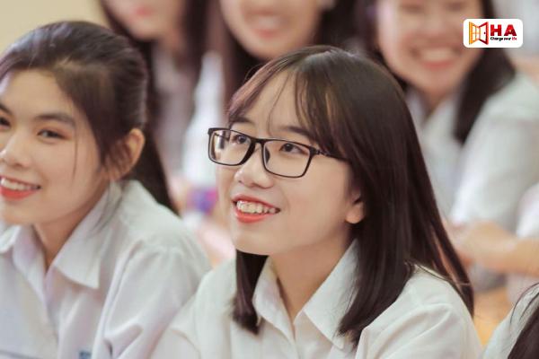 học viên Ngô Hà Linh xét tuyển IELTS